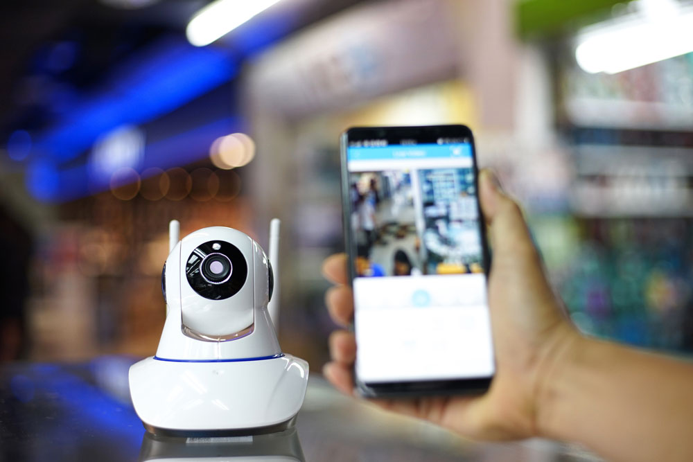 security camera connected to smart phone